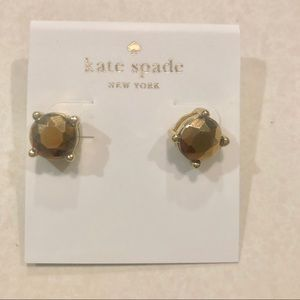 KS NY CLASSIC GOLD ROUND BRILLIANT STUDS EARRINGS